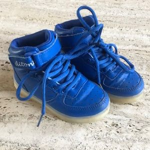 Other - Blue light up high tops